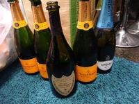 最近シャンパンが3本までしか数えられません ( ´△`)の写真