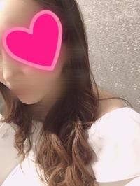 今日はいつもと違う髪型にしてもらったんだ〜٩(*´ `*)۶♡の写真