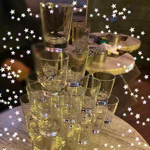昨日はシャンパンとテキーラ、コカボムタワーとたくさんありがとうございました〜😄✨の写真2枚目