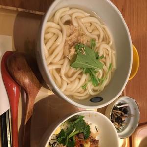 友達と外食しなくなってガッツリ定食!みたいなご飯食べる機会が少なくなった気がします。の写真1枚目