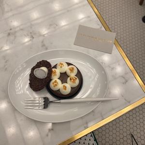 おいしいモアローショコラを食べてきました🍫の写真1枚目