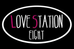 ラブステーション8ロゴ