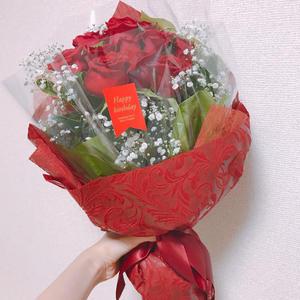 薔薇の花をもらったので、おうちに飾りました🌹💐の写真2枚目