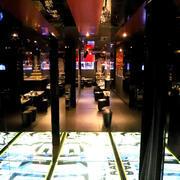 歌舞伎町ホストクラブ「DRIVE」の店内写真
