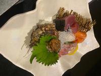 今日は出勤前においしいお刺身たち食べました🤤の写真