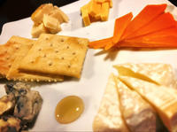 この前行ったお店のチーズたち!の写真