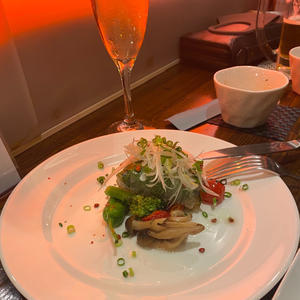 昨日フォアグラ食べました〜!の写真1枚目