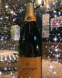 お誕生日のお祝いで入れてもらったシャンパン♡の写真