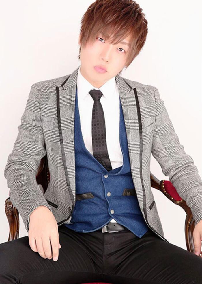 4月度グループナンバー7相沢優斗の写真