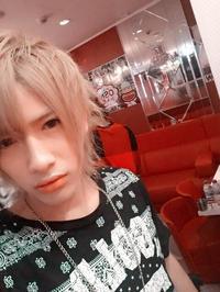 この髪色いいな(∩´﹏`∩)の写真