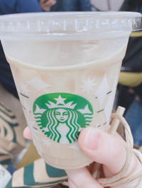 久しぶりのスタバ飲みました〜!!の写真