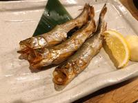 お魚と日本酒の組み合わせの写真