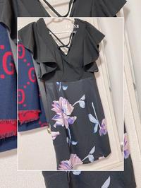 新しいドレスとヒール買ったよー👗👠の写真
