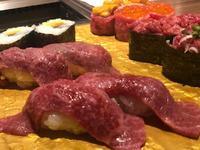 肉寿司😋🍖🍴の写真