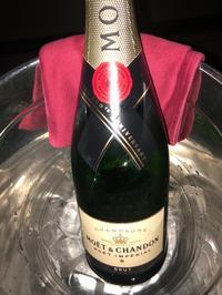 昨日は、お客様にシャンパン三本入れてもらいました🙈💓💓の写真