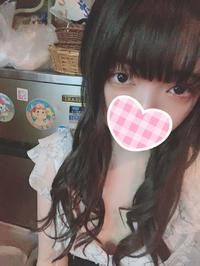 こんばんは🌙😛エクステをつけて髪の毛が長くなりました〜!!💇♀️どうかな?の写真