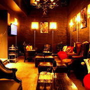 歌舞伎町ホストクラブ「ACQUA」の店内写真