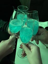初めてのメンバーでワイワイしながらお酒飲みました〜😸の写真
