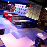 横浜ホストクラブ「FLOWLIA -LIP-」の店内写真