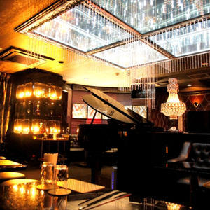 歌舞伎町ホストクラブ「ESCORT」の求人写真6